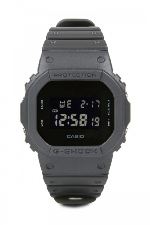 Часы CASIO DW-5600BB-1ER фото 1